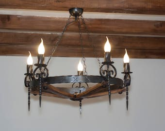 Rustic chandelier. Wrought iron and wood 5 lights