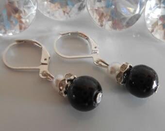 Earrings sleepers wedding black and white pearls and rhinestones