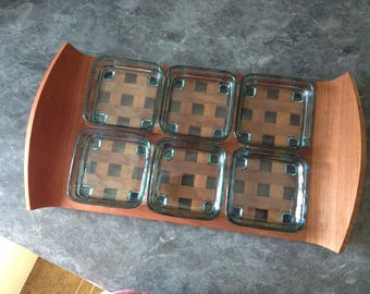 Classic JHQ teak lattice tray with footed green glass inserts