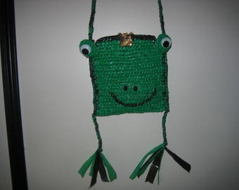 "Green Frog kid bag""the Pippin"" recycled"