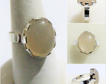 925 Sterling Silver Ring 100% Original Moonstone