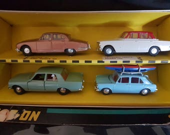 this #4 gift set of SPOT ON cars is really a one of a kind and should be displayed as part of our history in the developement of toys