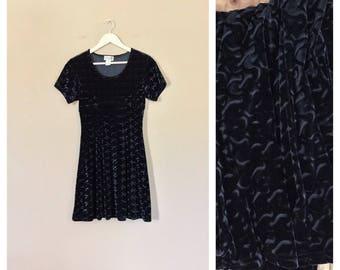 90's Velvet Dress / 90s Babydoll Dress/ Vintage Dress / Grunge Dress / Vintage Minidress / 90s Clothing/ 90s Dress / Black Dress
