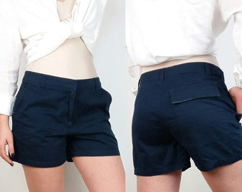 Vintage H&M Classic Cotton Shorts in Navy