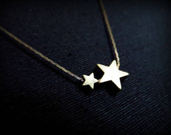 Brass star and serpentine necklace