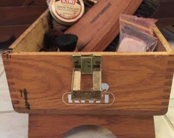 Kiwi Shoe Cleaning Box