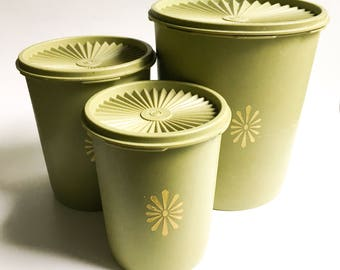 Set of 3 vintage Tupperware containers, Green Vintage Servalier Tupperware, Vintage Tupperware containers, Olive green Tupperware