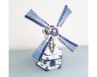 Vintage dutch windmill , Delft blue , hand painted in holland , in good condition