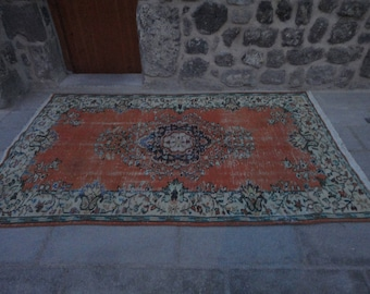 Vintage rug,Area rug,boho rug,pale color rug,101 x 63 inches,low pile rug,living room rug,turkish oushak rug,hand woven Turkish rug,peerless