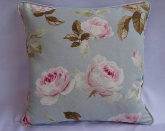English Roses floral cushion cover with pretty pink roses.
