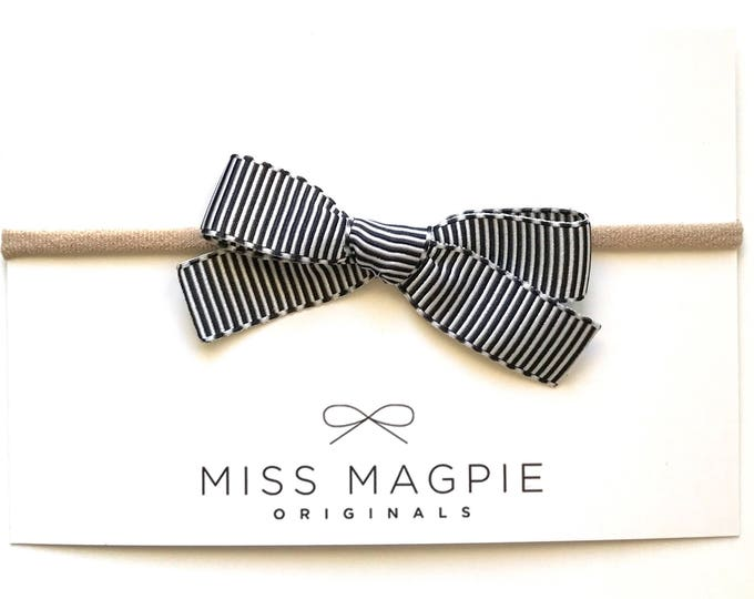 Ribbon bow || French grosgrain