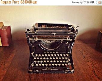 ON SALE Antique Underwood typewriter, Vintage Typewriter, Cyrillic typeface, Art Deco, Heavy Steel Typewriter, Steampunk Decor, Working Type