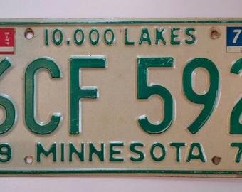Vintage 1971 Minnesota Car license plate