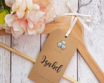 Personalised Wedding Bridal Hanger Tags. Ideal for Brides Dress, Bridesmaids, Bridal Party, Flower Girl. Wedding Hanger Tags with Roses.
