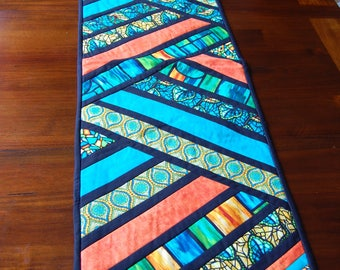 table runner, Quilted table runner, lined table runner, bed runner, table topper, table decor