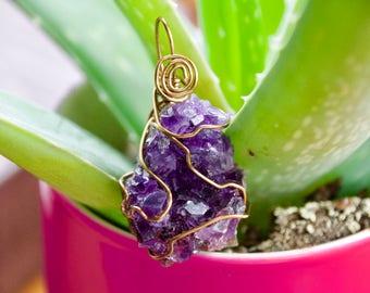 Raw Amethyst Necklace // Purple Amethyst Crystal // Amethyst Crystal // Simple Pendant