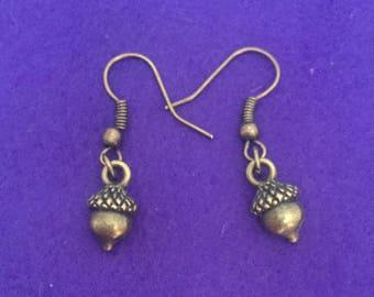 Acorn earrings / acorn jewellery / acorn charm