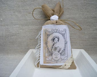 Lavender sachet decor and shabby to put or slip in a Cabinet for perfume and decoration