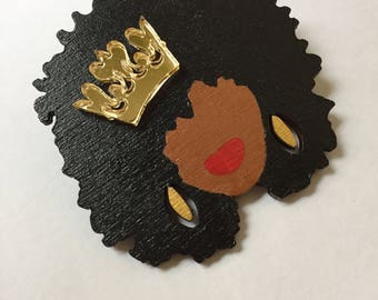 Queen Brooches