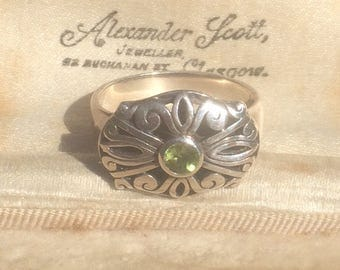 Peridot Ring, Art Deco Ring, Vintage Jewellery, Old Peridot Ring, Art Deco Silver Ring, Art Deco Jewelry, Antique Ring