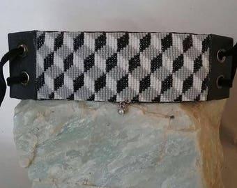 Optical Illusion Hand-woven Beaded Bracelet