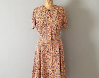 20% OFF SALE... geometric print dress || Liz Claiborne dress | 1980s peach dress
