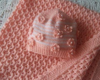 "New hand knitted baby blanket size 79x79 cm (31x31"")"