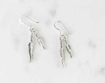 Sterling Silver Dangling Feather Earrings / Silver Feather Earrings / Boho Earrings / WS305