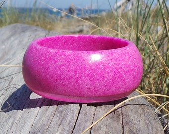 Epoxy resin bracelet with Fuchsia-pink sand epoxy resin Bangle Bracelet Round pink sand