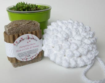 Natural shampoo and shower sponge gift set, ecologic shower puff, thyme and apple cider solid shampoo, washable crocheted bath and body puff