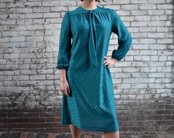 Wynette   Large   Vintage 60s - 70s Aqua/Teal Long Sleeve Tie Neck Shift Dress   1960s Side Striped Shimmer Fabric