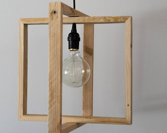 Suspension light ' look and its filament bulb
