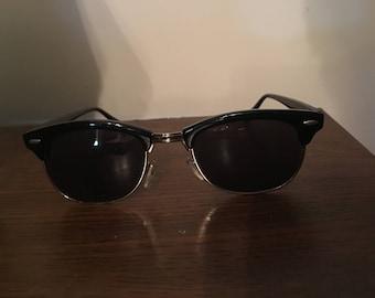 Black Wayfarer UV Sunglasses