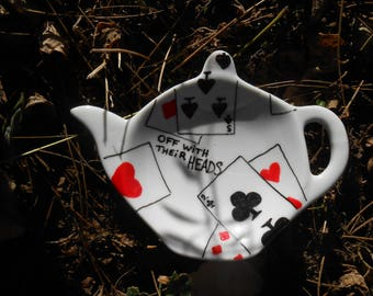Teapot Shaped Tea Bag Holder Caddy - Alice's Adventures in Wonderland - Off with their heads