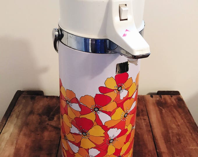Vintage Airpot - Poppy Design