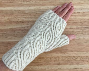 Hand Knit Cream Wool and Alpaca Leaf Pattern Fingerless Gloves