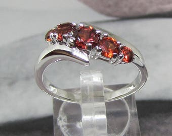 Ring with Sterling Silver Garnet round size 54