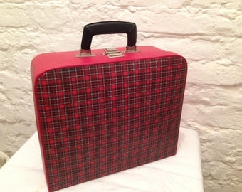 Retro mid-century suit-case. Collectables cases/cabin luggage/ladies hand luggage/retro design