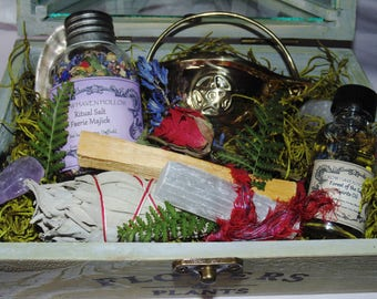 Forest Magick Offering Kit, Elemental Altar Kit, Earth Spirits, Dryads, Hedgewitch, Green Witch, Elementals, Cauldron, Oils, Herbs, Salts