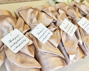 WEDDING SEASON SALE! Bridesmaid Robe, Champagne Robe, Personalize Robe, Bridal Party Robe, Wedding Shower Robe, Set of 1,2,3,4,5,6,7,8,9,10