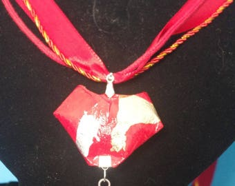 """""""Red heart"""" pendant with real Origami - (COL_001)"""