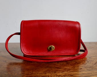 Vintage Red Leather Coach Crossbody Purse, Classic Coach Purse, Vintage Designer Bag, Classic Purse, Leather Bag