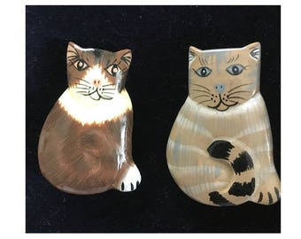Button Covers, Cat Button Covers, Hand Painted Button Covers for Buttons, Crafts, Cat Them Crafts, Hinged Fasteners, Jewelry Making, Retro