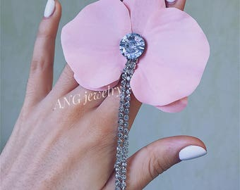 Pink Orchid mono earring