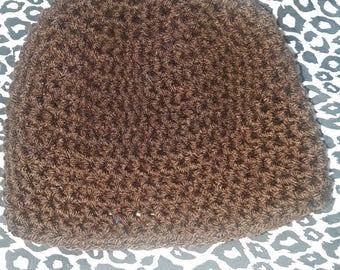 Crocheted baby beanie. 3-6 months.