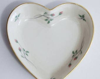 Lenox jewelry etsy for Heart shaped jewelry dish