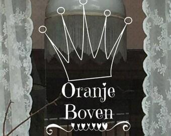 Oranje boven raamtekening, koningsdag raamtekening, koningsraam, krijtstifttekening koningsdag, koninklijk raam