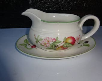 """St Michaels """"Ashberry"""" Gravy Boat with Saucer/Made by Royal Doulton for Marks & Spencer/Royal Doulton China/Gravy Boat/Vintage/1988-1995"""
