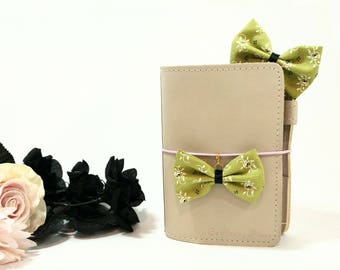 Green Floral Fabric Bow Planner Clips and Charms