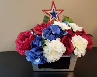 Independence day centerpiece/ centerpiece/ 4th of July/ red white blue centerpiece/ summer/ spring / memorial day